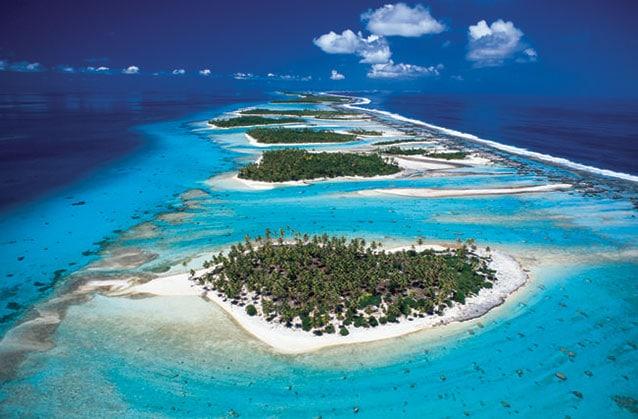 paradis-polynesie-atoll-plage-avion