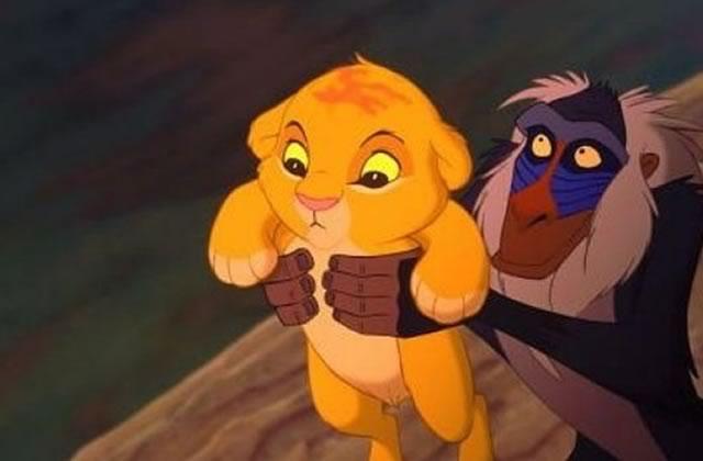 Les troupes du Roi Lion et d'Aladdin, bloquées à l'aéroport, assurent le show