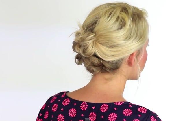Sélection de tutos pour des coiffures relevées (parfaites pour la canicule)