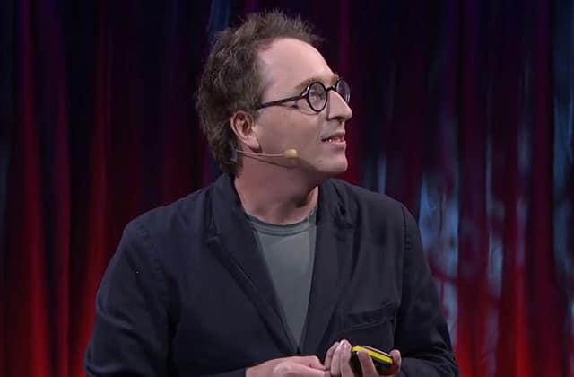 «Comment un tweet peut vous gâcher la vie», le Ted Talk percutant de Jon Ronson