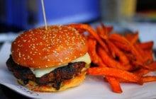 Cinq alternatives originales aux pains à burgers #BurgerWeek