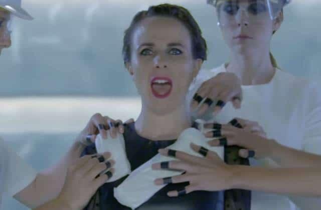 «Bad Blood» parodiée pour dénoncer le coût des protections hygiéniques