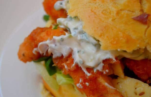 burger poulet croustillant piment gouda