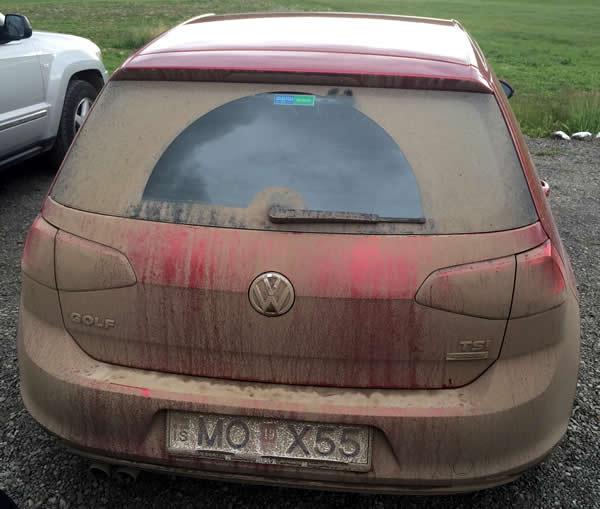 Une journée classique pour une voiture en Islande