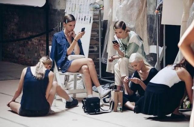 L'influence d'Instagram dans le mannequinat : le casting par popularité