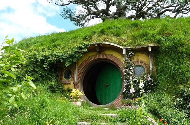 Une maison de Hobbit recréée en Angleterre ?