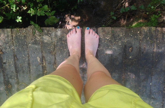 La marche pieds-nus en forêt, ma découverte détente de l'été