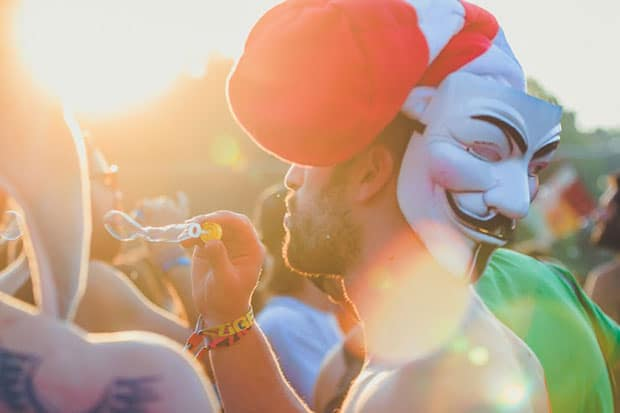 sziget-festival-ting-tings-anonymous