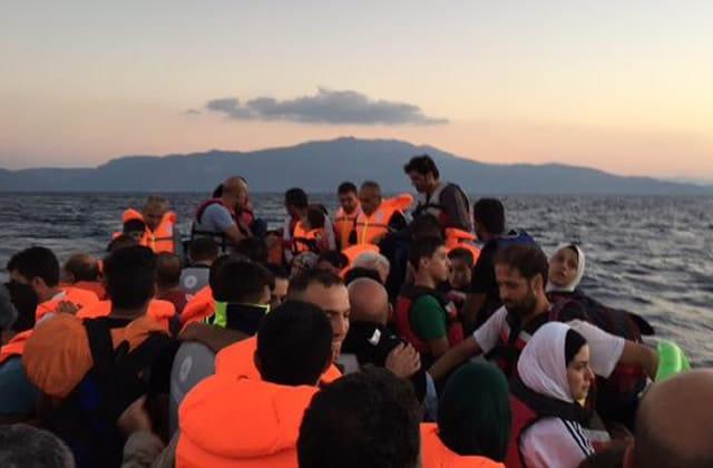 France 2 suit le parcours des réfugiés, de Turquie jusqu'en Grèce