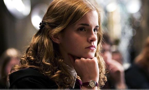 hermione-granger-studieuse