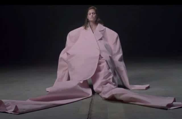 Christine and The Queens dévoile le clip du titre « Paradis Perdus »
