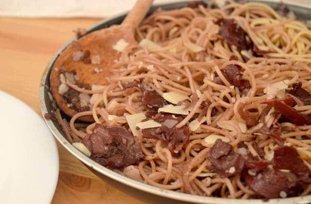 Recette des spaghettis au vin rouge  #PastaWeek