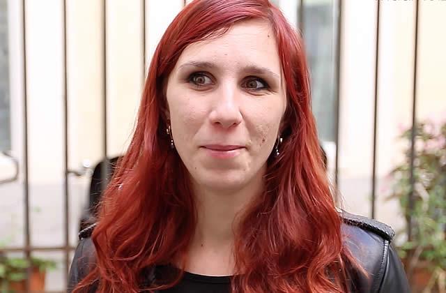 Street Hair — Les longs cheveux roux de Mathilde