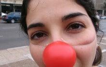 «Dans le métro parisien, des nez rouges contre la peur» (à lire sur Reporterre)