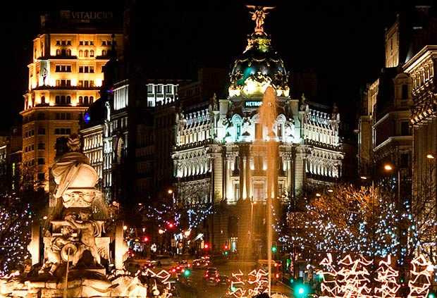 nouvel an madrid edifice metropolis