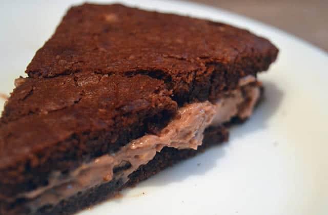 Gâteau au chocolat et à la crème de praliné \u2013 Recette décadente de Noël