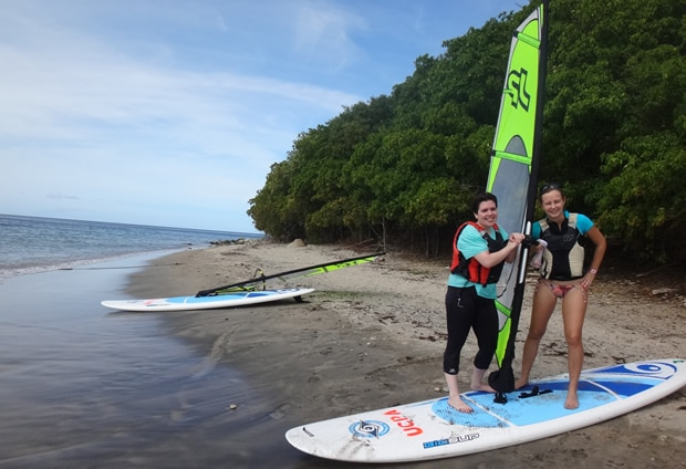 ucpa-les-saintes-windsurf-lucy