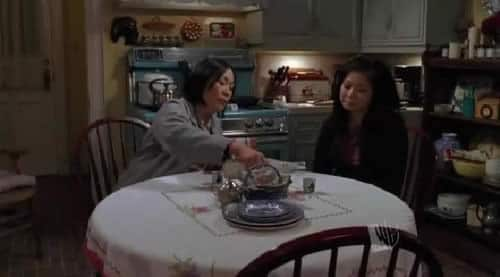 gilmore-girls-lane-kim-diner