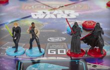 Rey, héroïne de «Star Wars:The Force Awakens», étrangement absente des produits dérivés [MAJ]