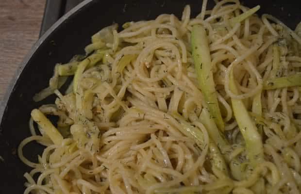 spaghettis courgette chèvre