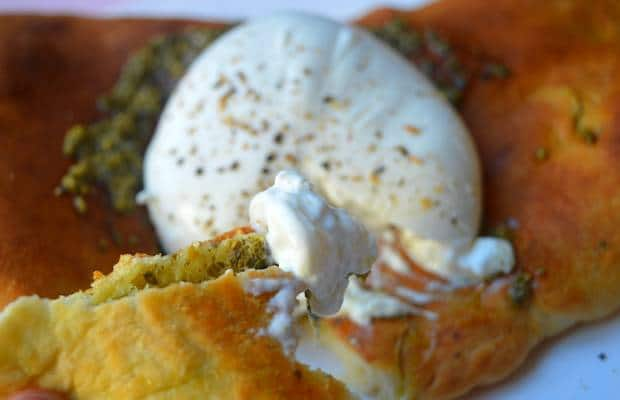 calzone pesto burrata