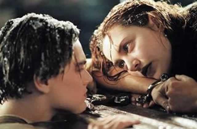 Jack & Rose auraient pu tenir à deux sur cette foutue planche, c'est Kate Winslet qui le dit
