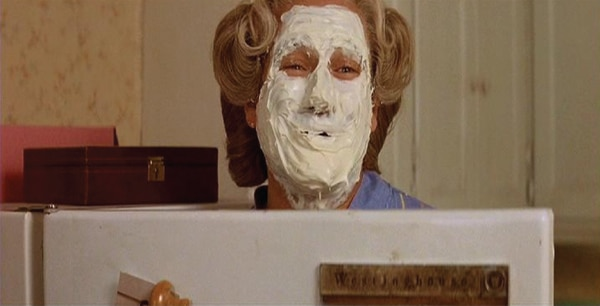 masque-visage-madame-doubtfire