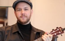Matt Simons chante son hit « Catch & Release » au ukulélé !