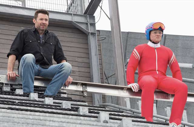Ryan Reynolds interview Hugh Jackman de façon très WTF pour « Eddie the Eagle »