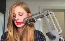 Simone Giertz, spécialiste en fabrication de robots idiots