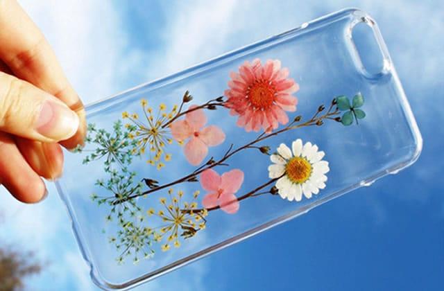 Les coques de téléphone flower power, pour emporter le printemps partout avec toi