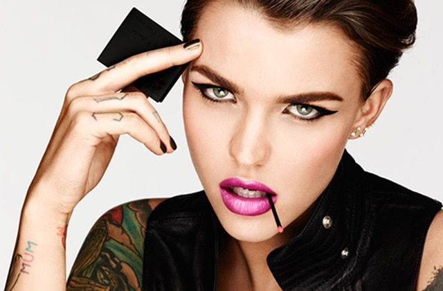 Ruby Rose (Stella d'Orange is the New Black) est la nouvelle égérie d'Urban Decay !