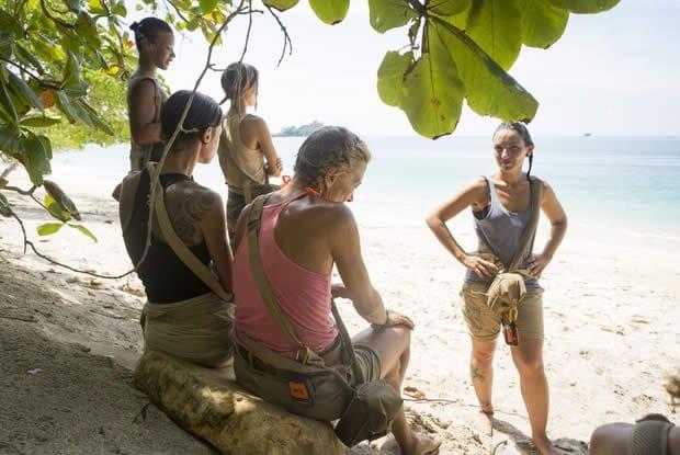 the-island-2-femmes