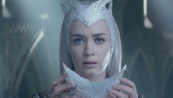 emily blunt reine des glaces