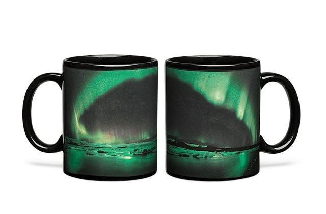 Le mug aurore boréale, pour mettre de la magie dans ton café!