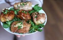 Roulés de poulet au comté et aux pignons de pin façon cordon bleu—La recette des vainqueurs