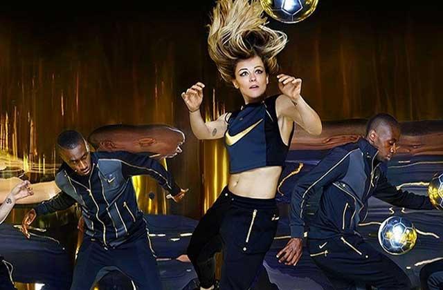 Laure Boulleau est l'égérie de la collection Euro 2016 d'Olivier Rousteing et Nike