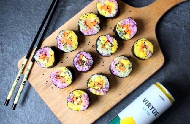 Des sushis arc-en-ciel pour illuminer ton brunch