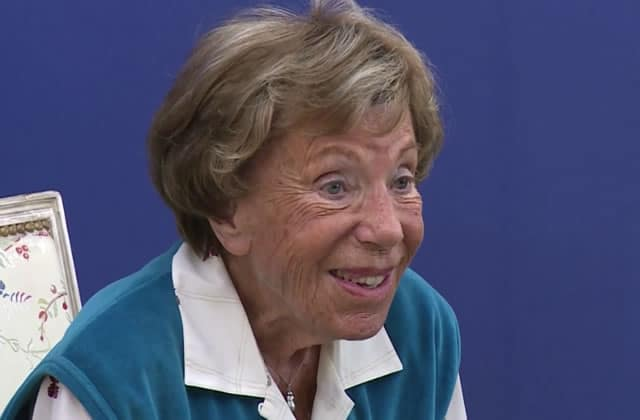 Benoîte Groult est décédée, Najat Vallaud-Belkacem lui rend hommage