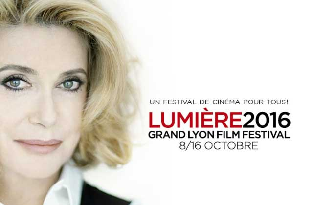 Catherine Deneuve devient la première femme primée au festival Lumière de Lyon
