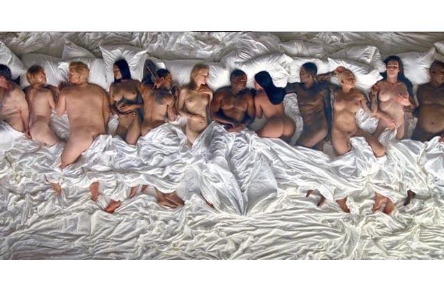 Kanye West met tout le monde tout nu dans le clip de «Famous»