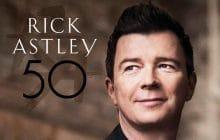 Rick Astley en tête du top album en Angleterre, ceci n'est pas un Rickroll