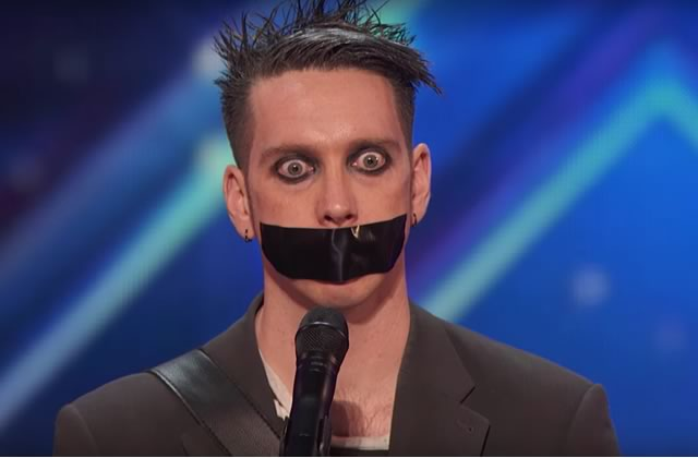 Tape Face, le marionnettiste aux yeux fous d'« America's Got Talent »