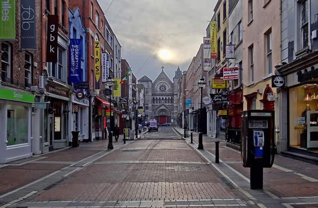 L'Irlande et son grand contraste avec la France—Carte postale