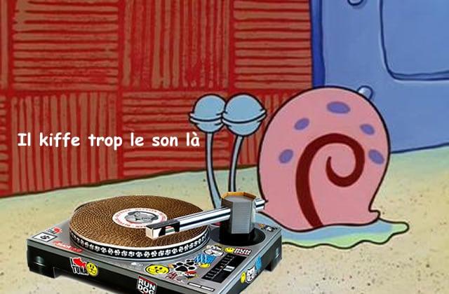 Le grattoir pour chat platines de DJ — La #OuicheListe