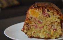 Cake au magret de canard séché et aux pêches—Recette fondante