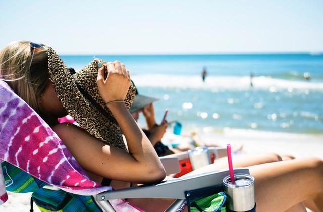 Le soleil, ses bienfaits et ses risques : témoignages, conseils et prévention