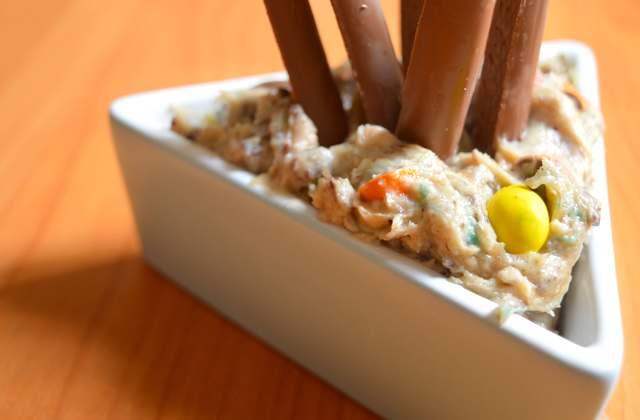 Dip de pâte à cookie — Recette qui se mange avec les doigts (et véganisable)