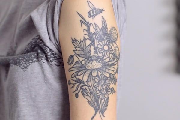 street-tatoos-clemence-et-ses-tatouages-fleuris-2