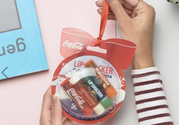 coca-cola-bulle-decorative-asos